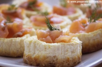 Mini cheesecakes cu somon afumat Image 1